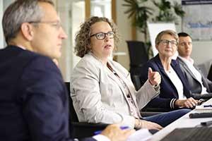 werte-mitarbeiter-meeting